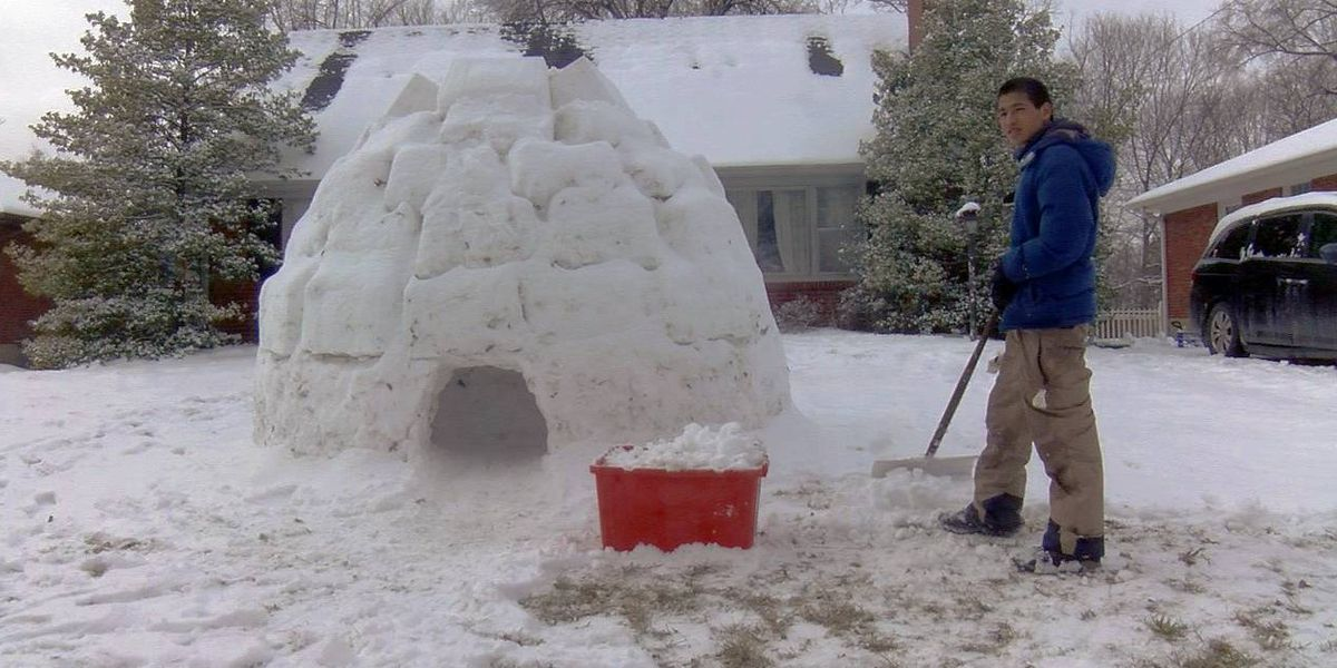 Louisville families making most of snow by sledding, building igloos