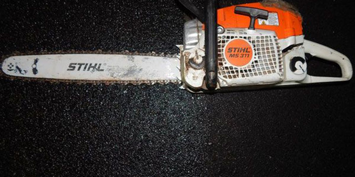 Man accused of threatening gas station customers, employee with chainsaw