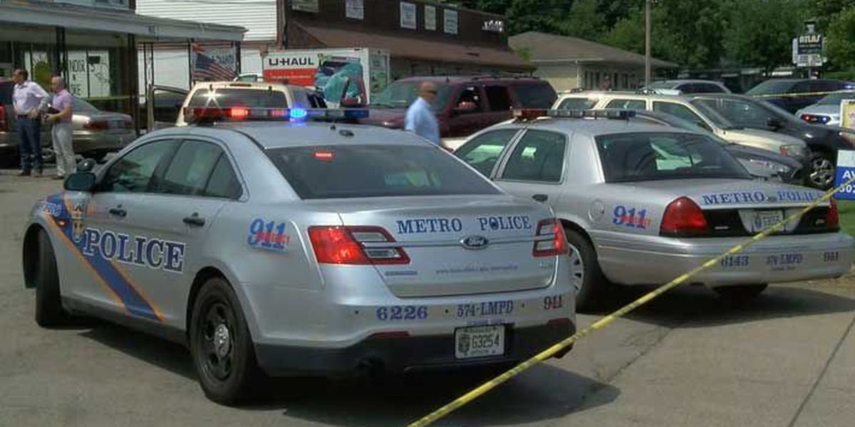 Man shot, killed outside in parking lot on St. Andrews Church Rd.