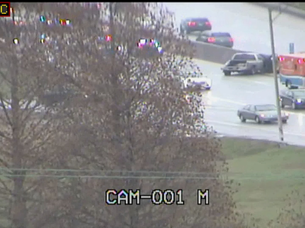 All lanes back open on I-65 N at Crittenden Drive