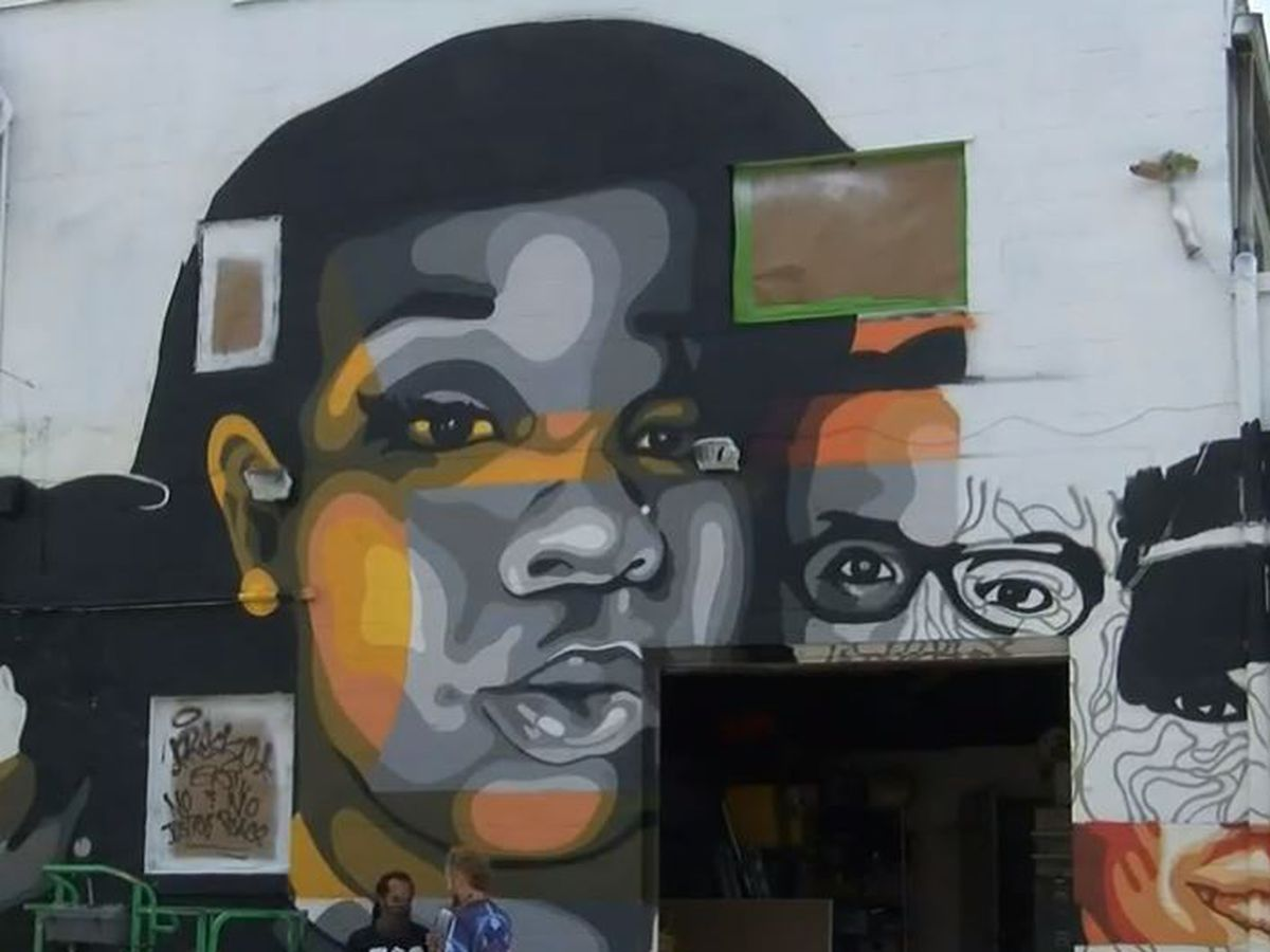 Mural honors Breonna Taylor, other lives lost
