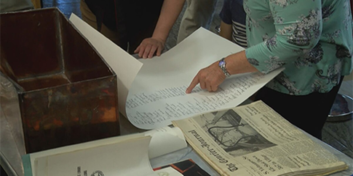 The Main Library opens 50-year-old time capsule