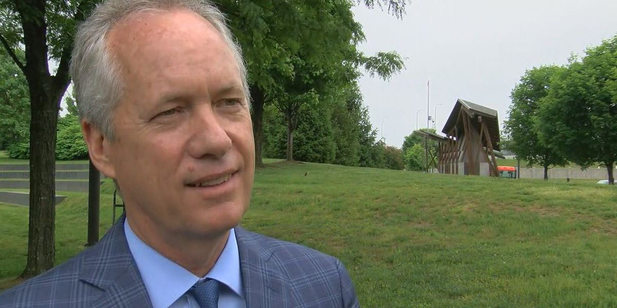 Mayor Fischer heads to Washington to discuss gun control