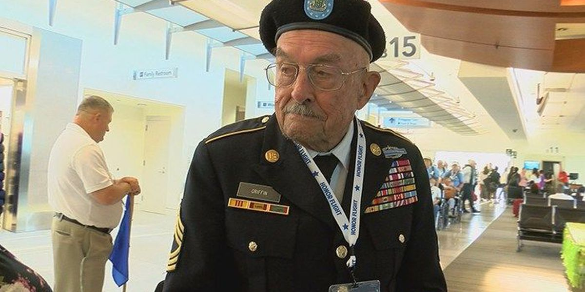 61 World War II veterans fly to Washington D.C. on honor flight