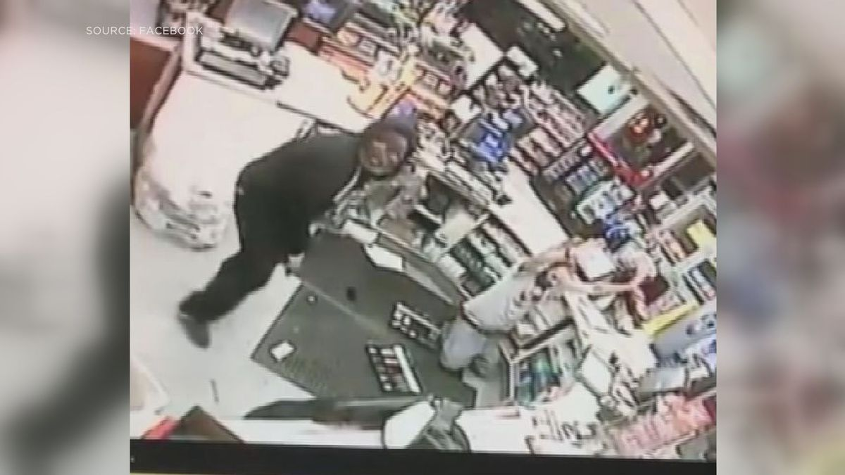CAUGHT ON CAMERA: Police search for gunman who robbed PRP gas station