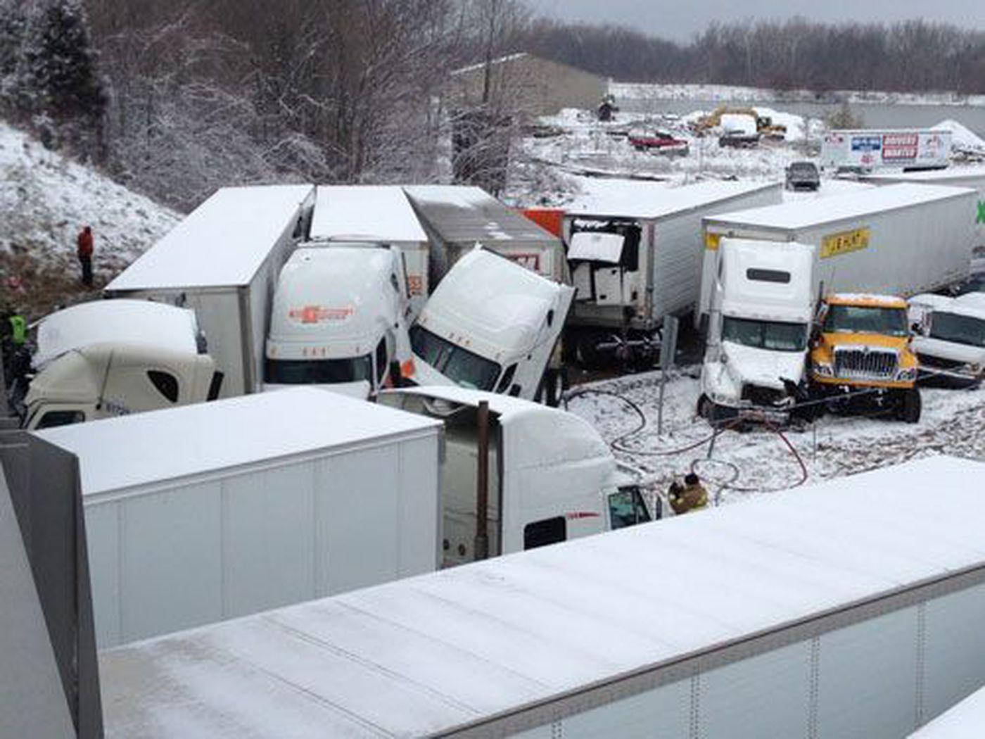 40-car pileup closes I-70 west of Indianapolis