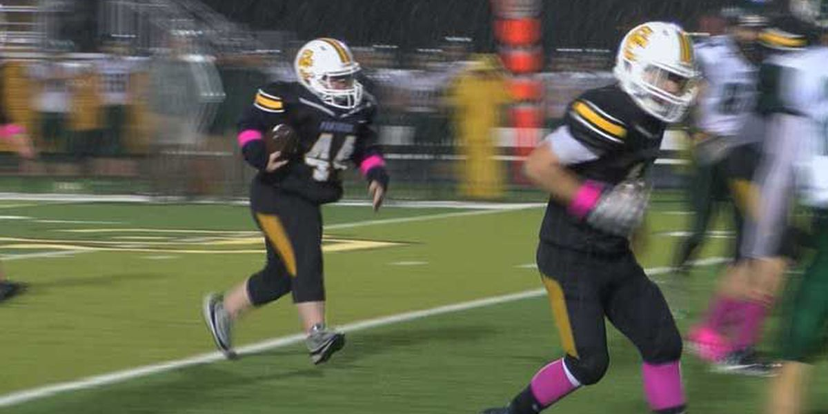 Carroll County senior with down syndrome suits up, scores