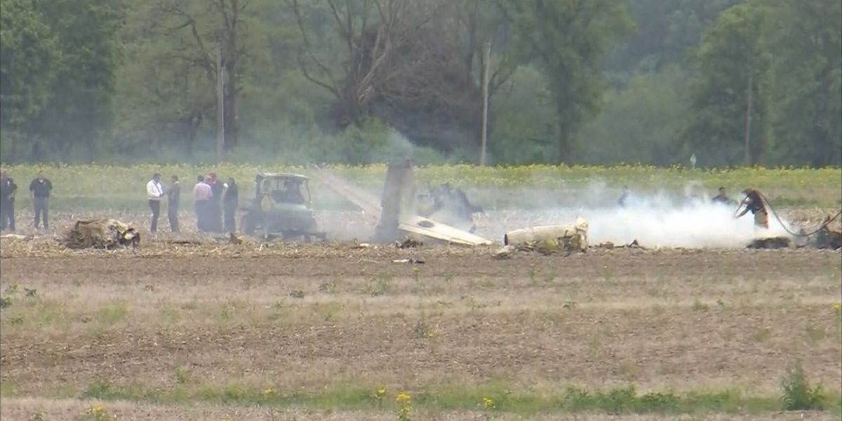 Two killed in Indiana plane crash