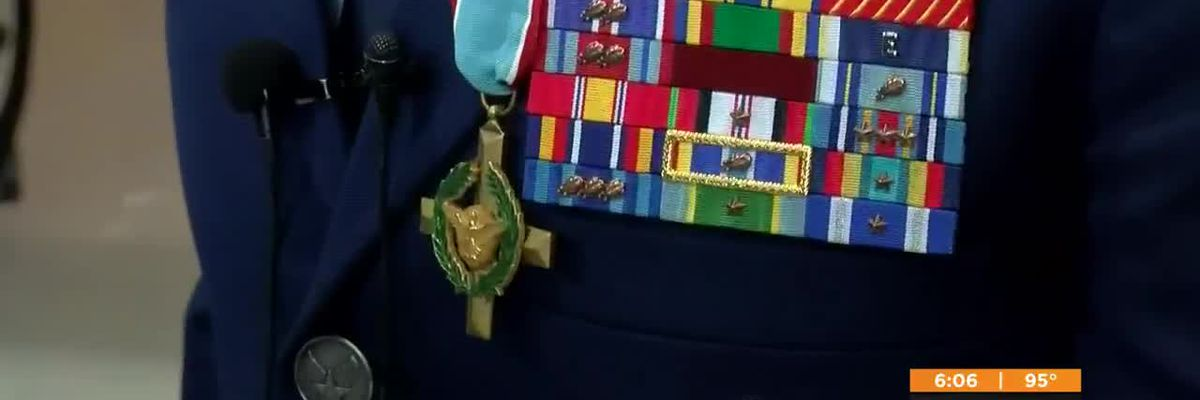 Air Force Staff Sergeant receives Air Force Cross