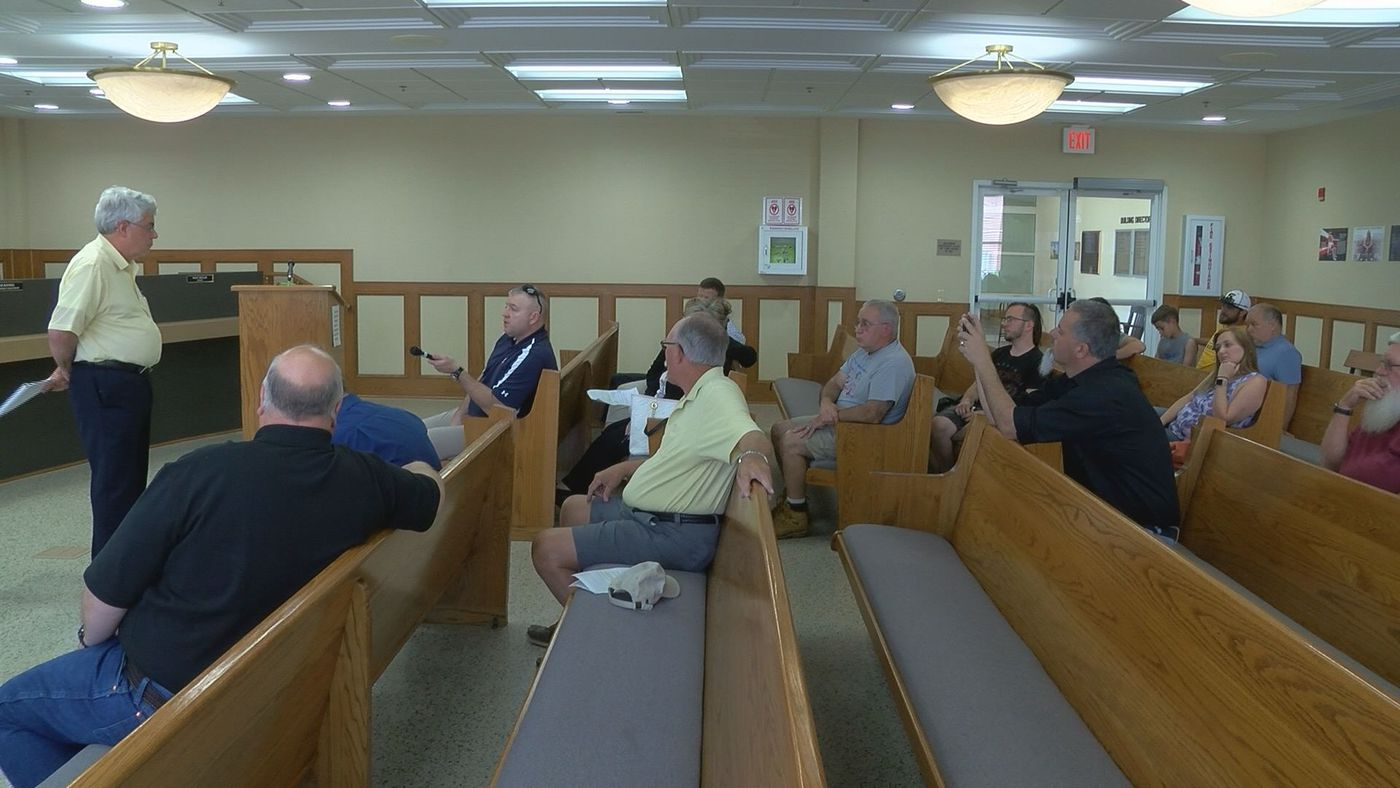 Judge Executive Jerry Summers told property owners at the meeting he didn't have answers to some of their questions, but promised he is working to find out. (Source: WAVE 3 News)