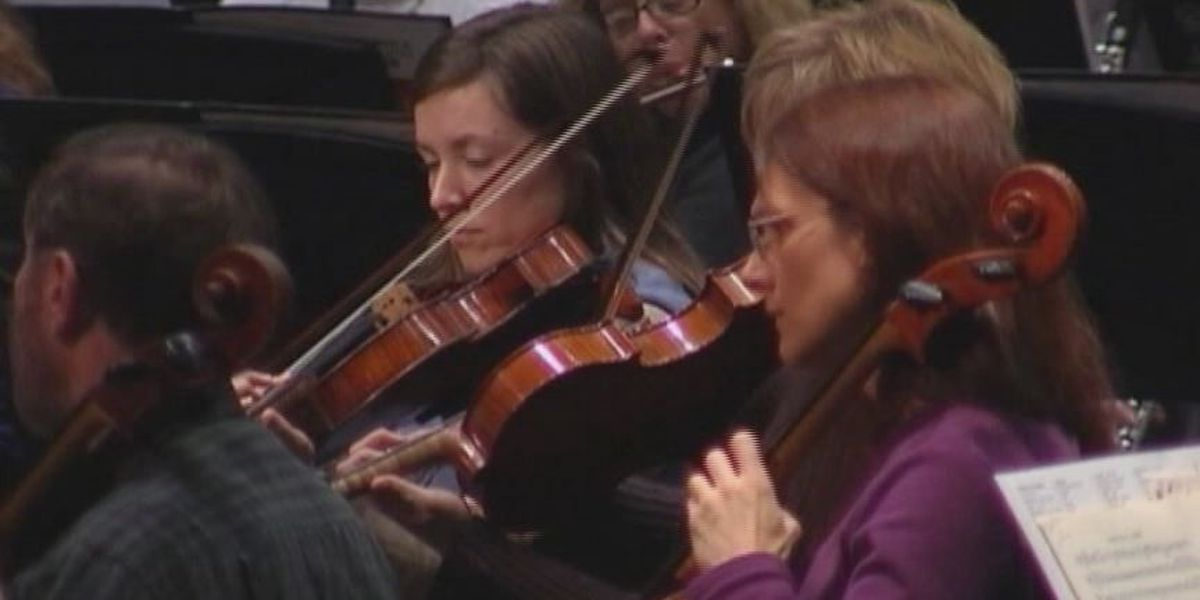 Louisville Orchestra musicians giving free concerts to retirement home residents