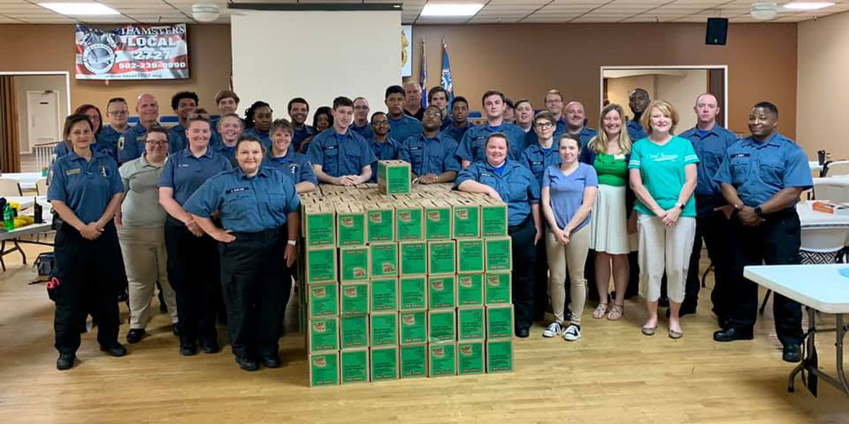 Girl Scouts thank Louisville EMS, city workers with Thin Mints