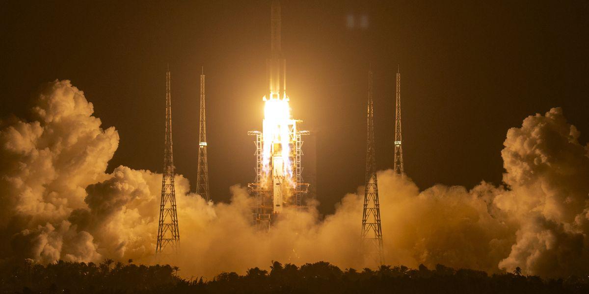 China says probe sent to retrieve lunar rocks lands on moon