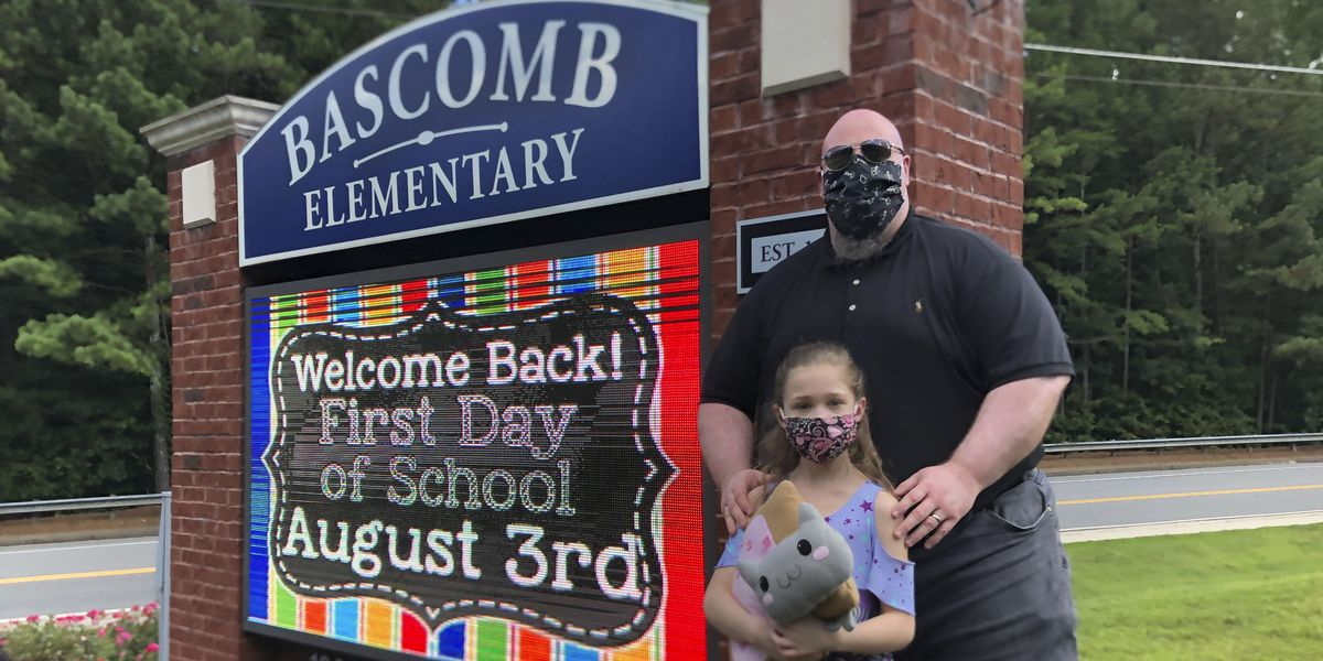 As school begins amid virus, parents see few good options