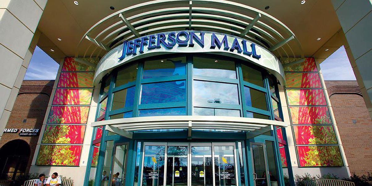 Corrections officer tracks down armed suspect at Jefferson Mall