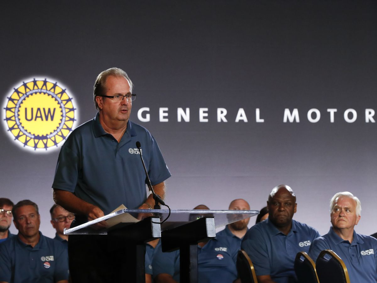 Union votes to strike at General Motors' US plants