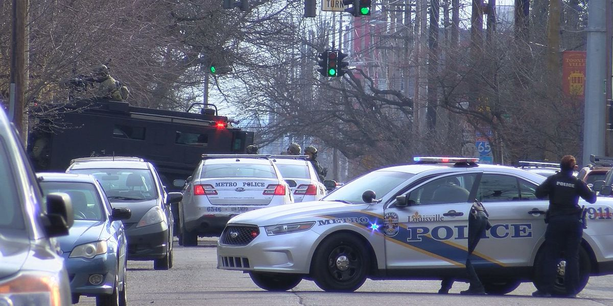 Suspect in custody, facing numerous charges following standoff in Old Louisville