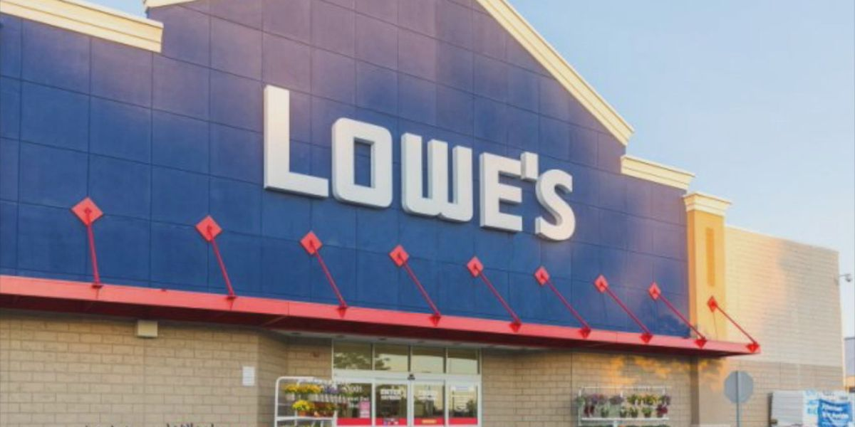 Lowe's to offer NFL-branded merchandise