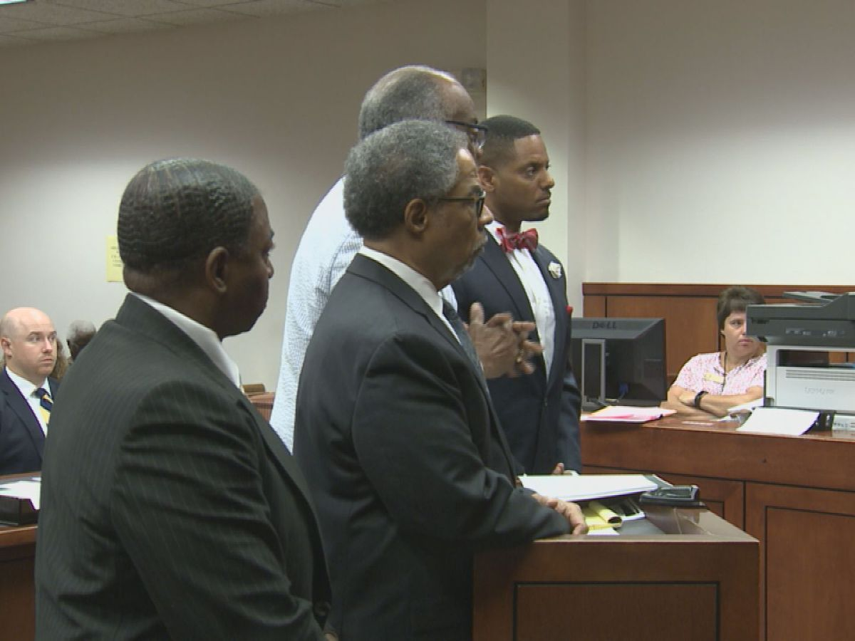 Attorney who allegedly attacked another attorney with Lysol can makes first court appearance
