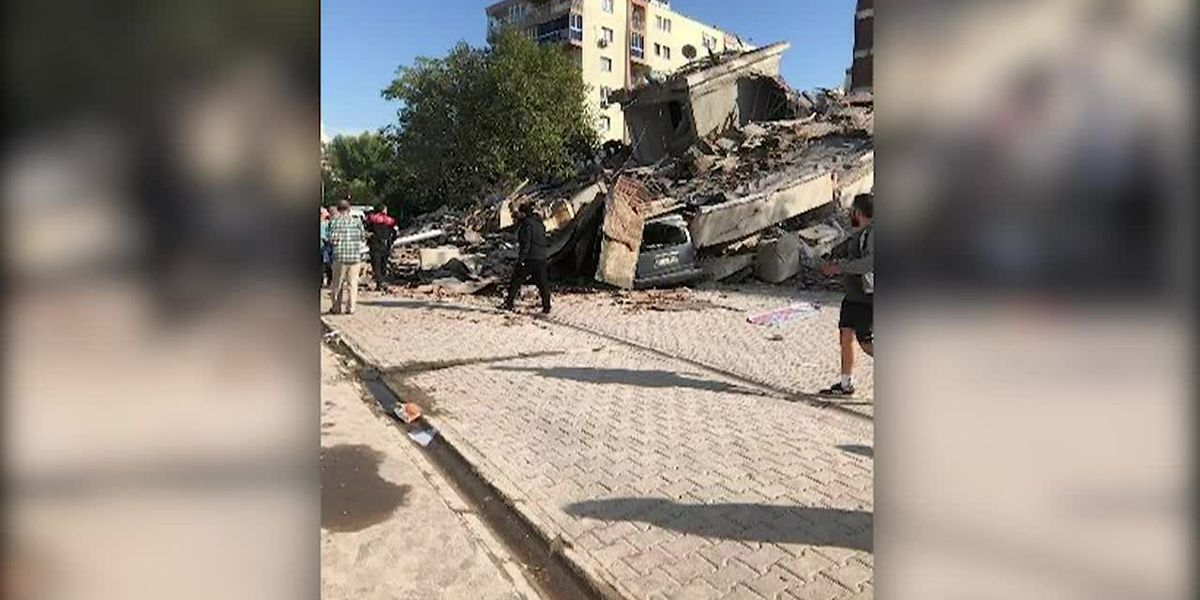 RAW: Earthquake topples buildings in Turkey