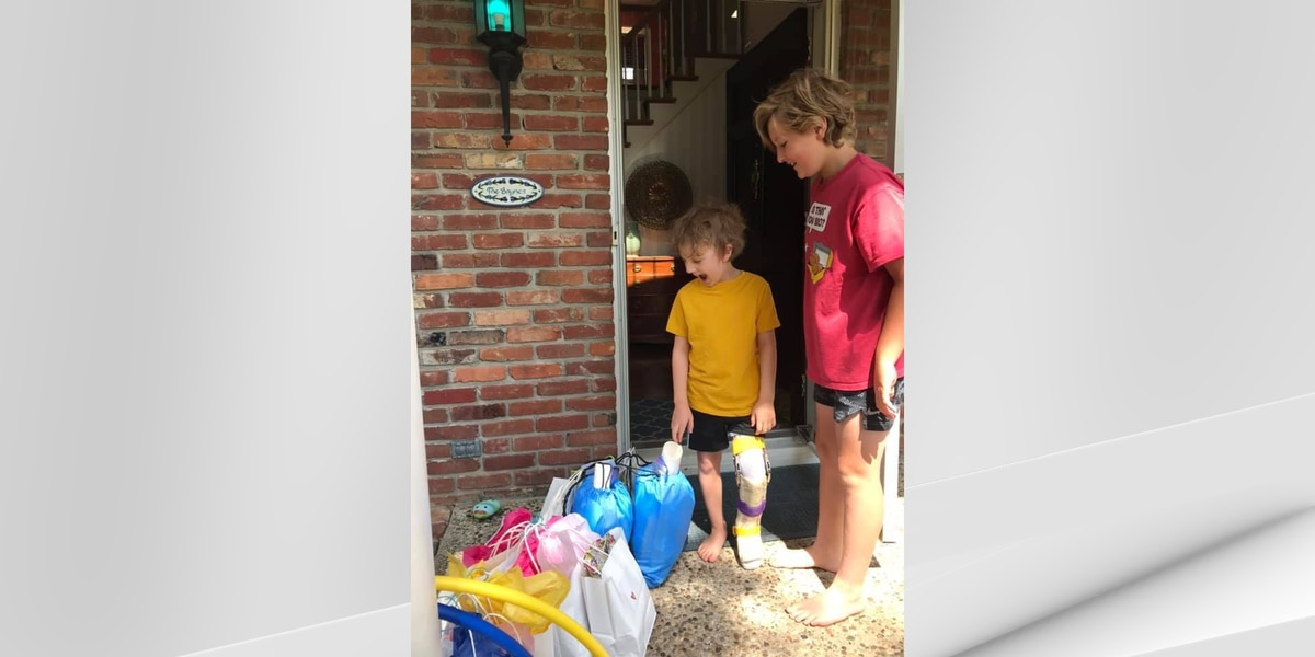 Volunteers at Gilda's Club deliver backpacks to homebound kids affected by cancer