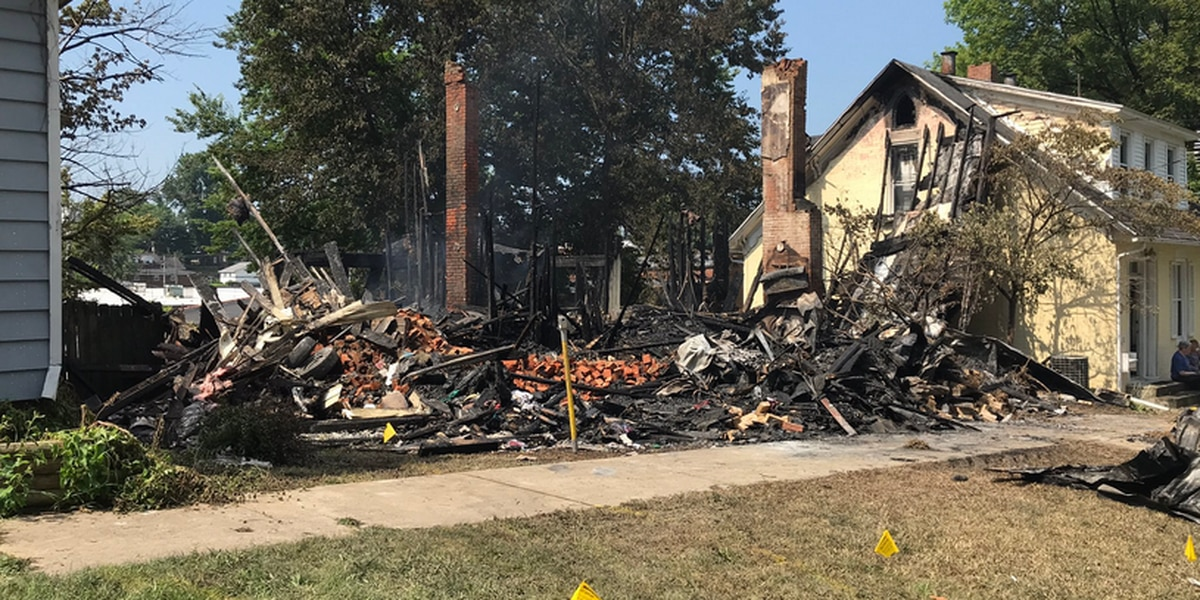 Cat wakes up Rockport family before fire destroys home