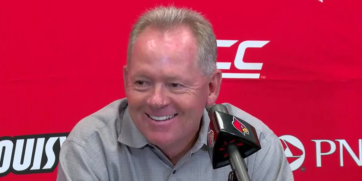 Petrino: Malik Cunningham will start at QB for the Cards on Saturday