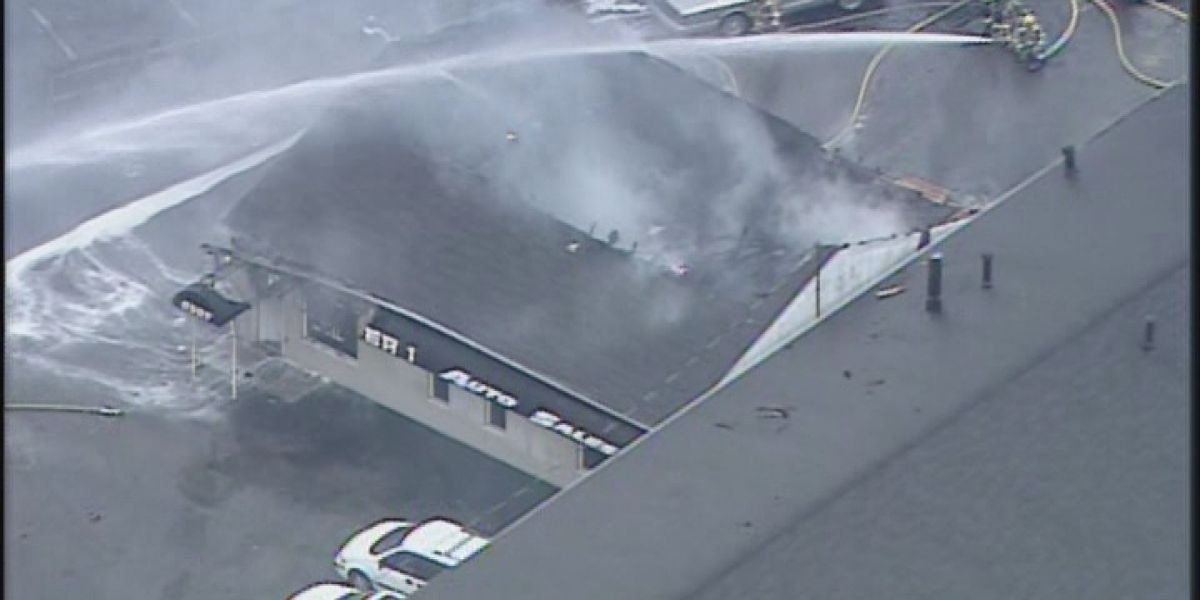 Auto sales business catches fire on Preston Hwy