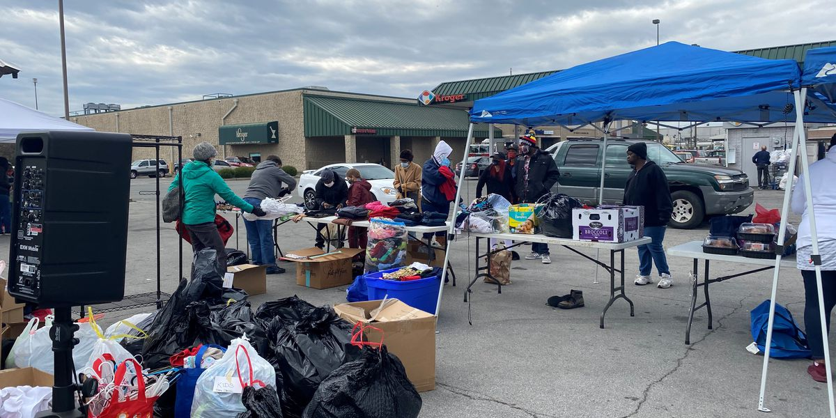 Volunteers, performing arts group help feed and clothe West Louisville community