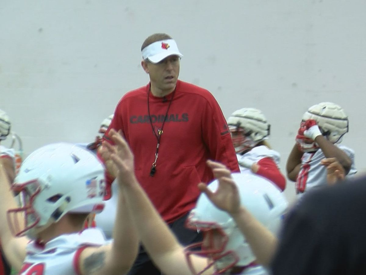 Cards kick off Spring Practice under Satterfield