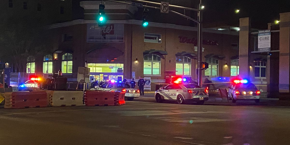 Man shot in Walgreens over shoplifting allegations