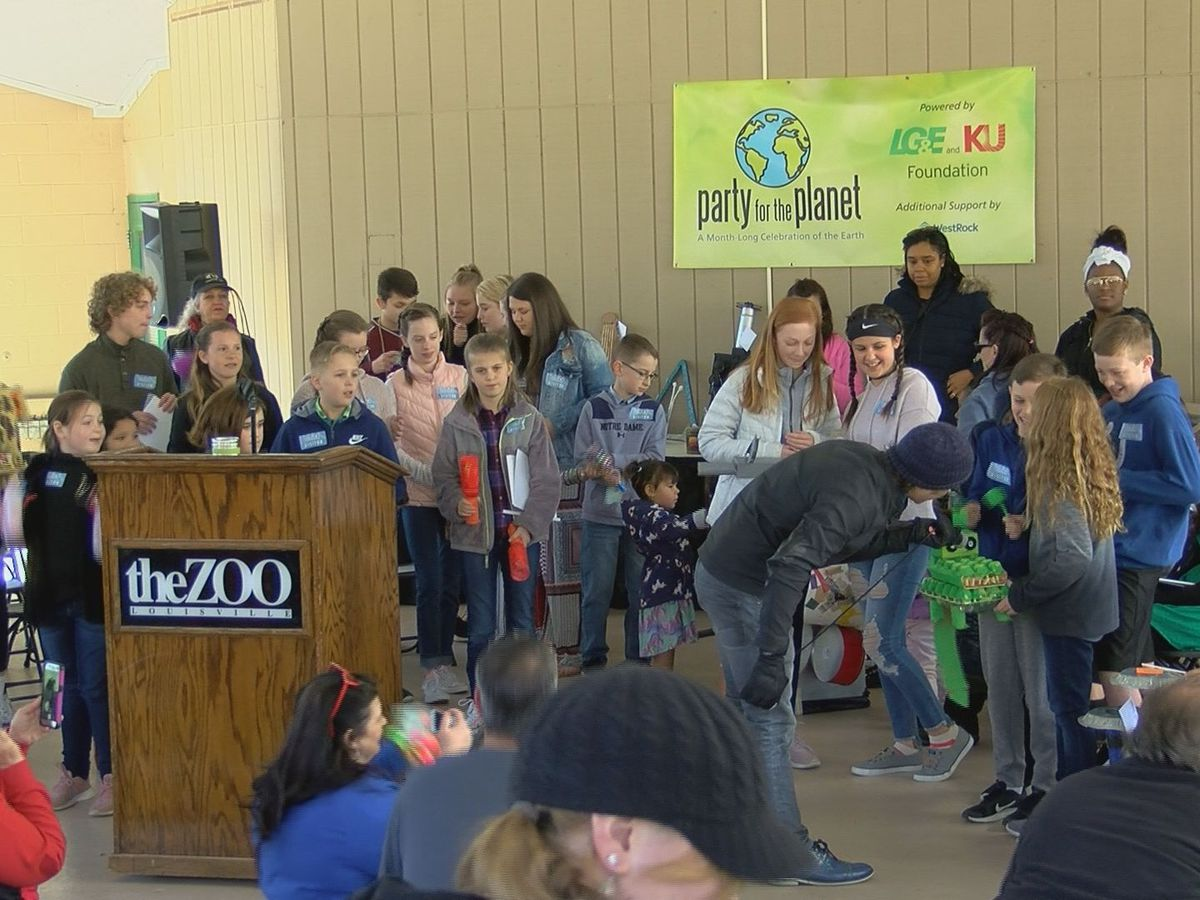 Louisville Zoo kicks off Earth Month with trashformation