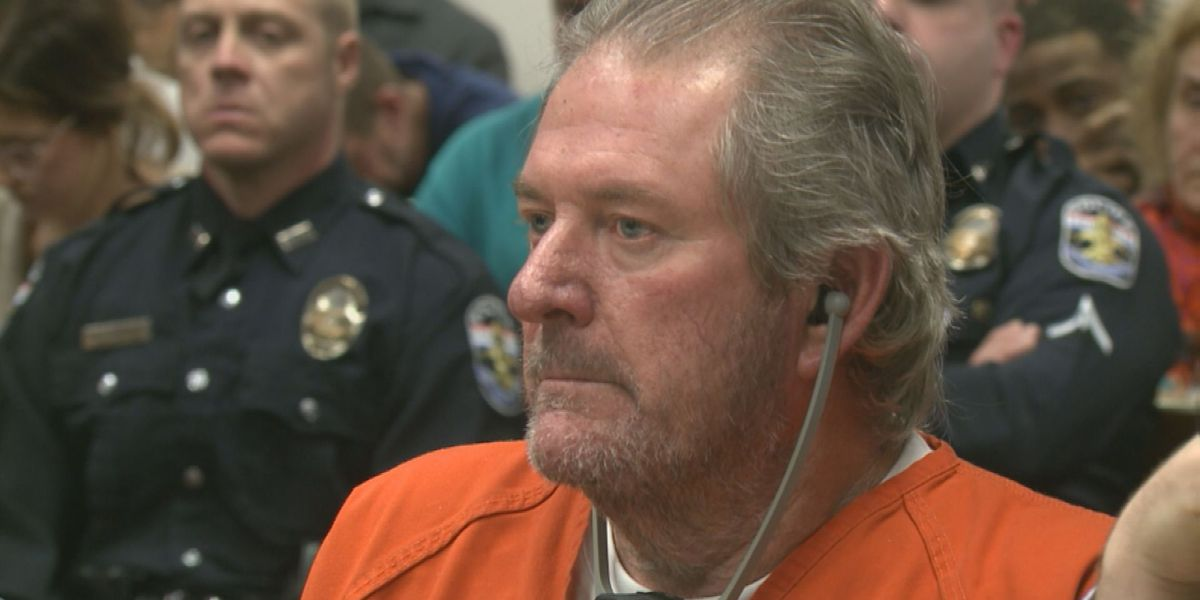 Roger Burdette's attorney begins her case, claims state lacks probable cause
