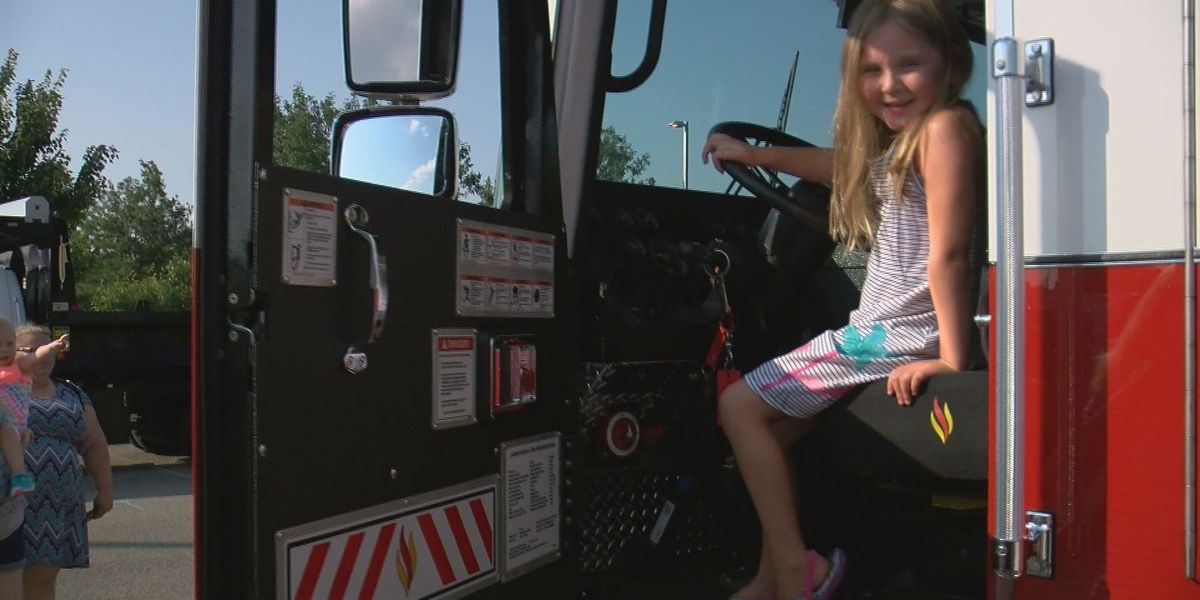 Clarksville's annual Touch a Truck event draws a crowd