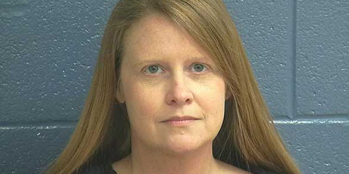 Oldham County teacher accused of having sex with 15-year-old former student