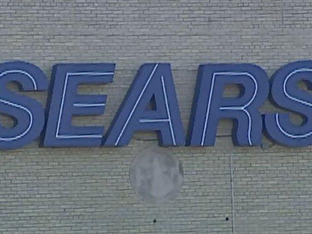 Major retailer to close last Louisville store