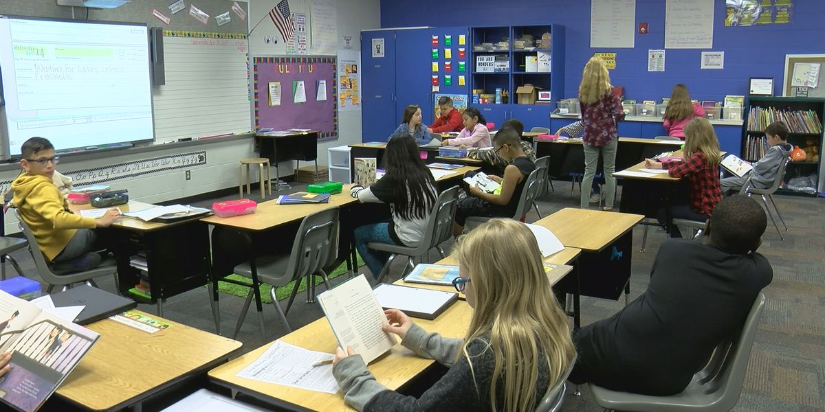 Indiana teachers frustrated, rushing to renew licenses before new requirements take effect