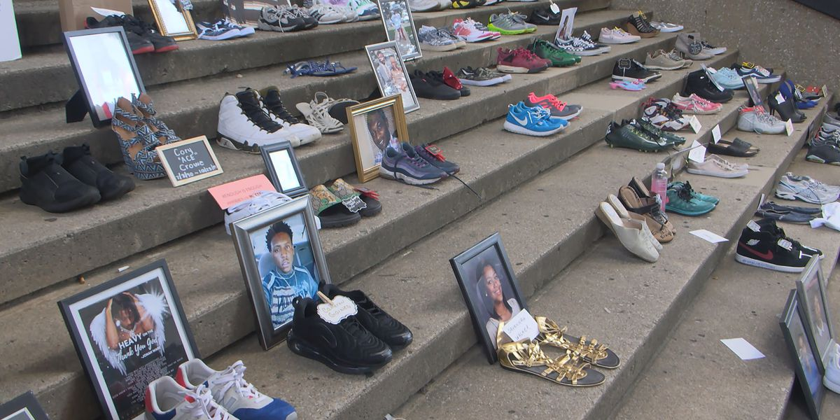 Louisville parents remember children lost to gun violence with ceremony at Hall of Justice