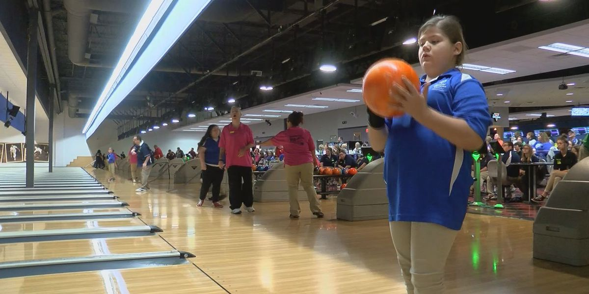 Special Olympics bowling tourney rolls in to Louisville