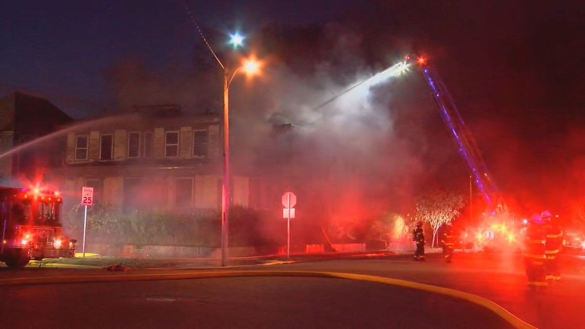 Home catches on fire in New Albany