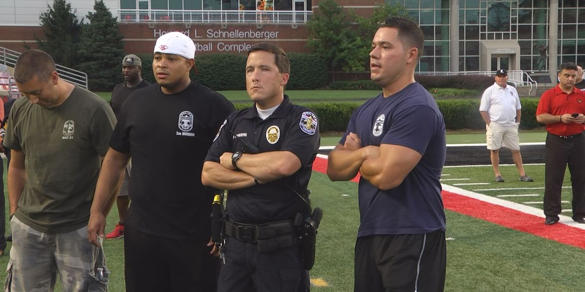 Cards invite local police officers to watch them lift