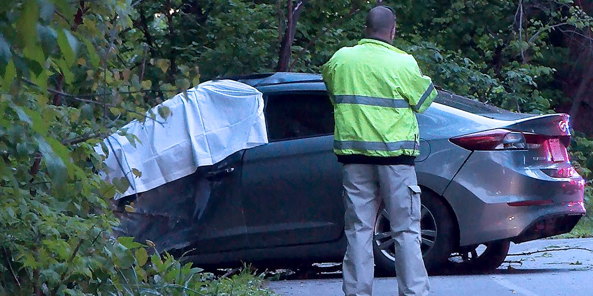 Woman killed in Cherokee Road crash