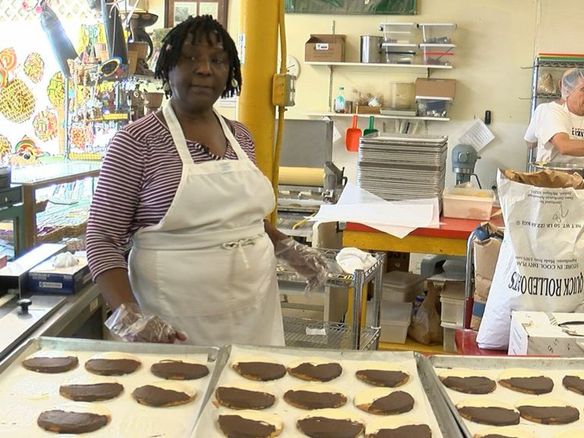 Positively WAVE: Popular cookie shop thankful for homeless veteran's sweet gesture