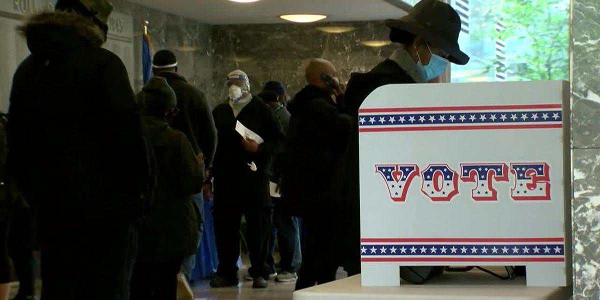 Record-shattering early voters holding strong