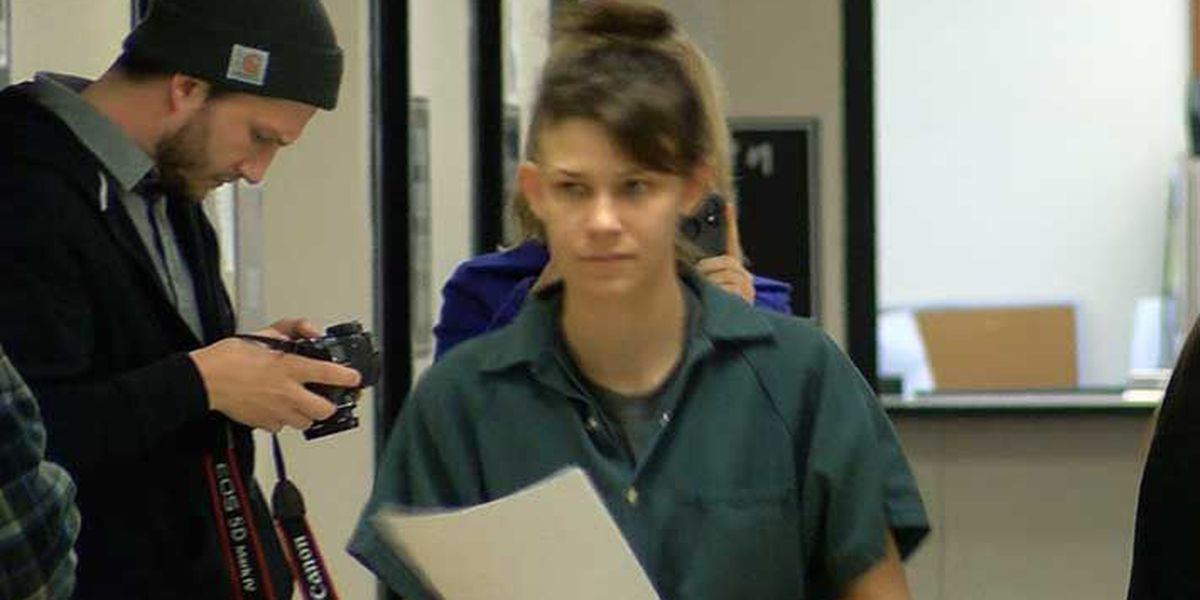$50K bond set for woman accused of molesting and exploiting her child