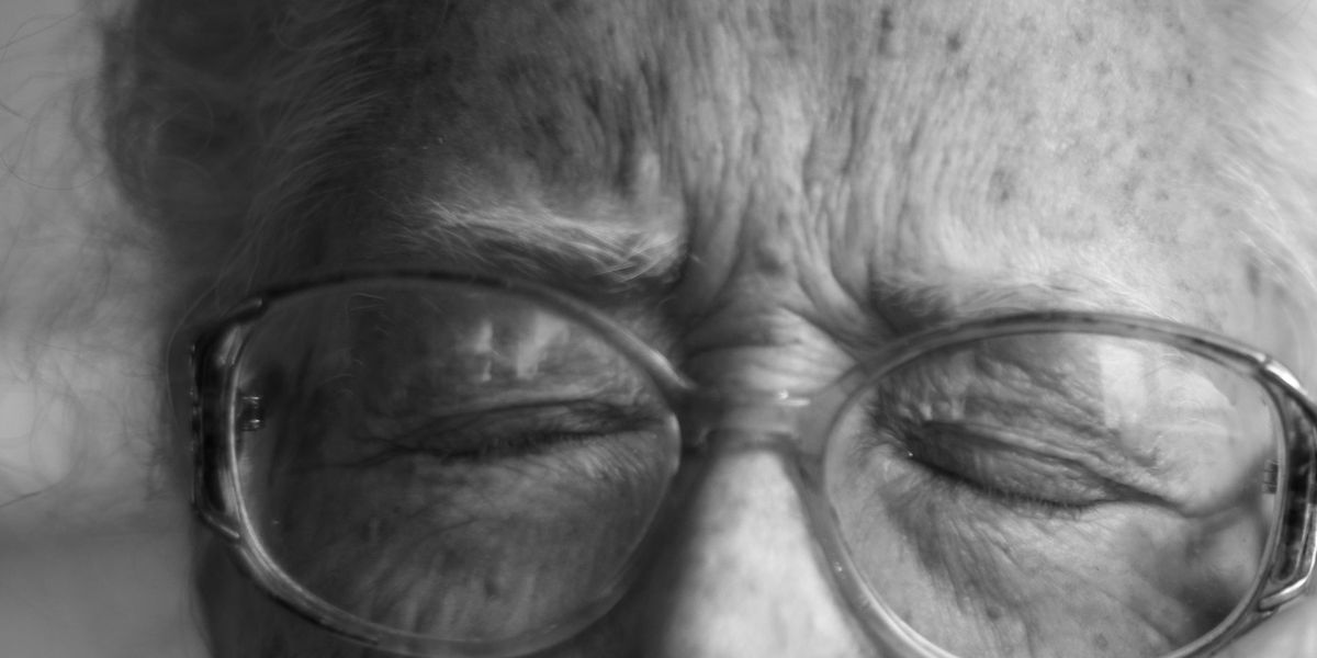 Experimental gene therapy treatment used to try to stop most common cause of blindness in aging people