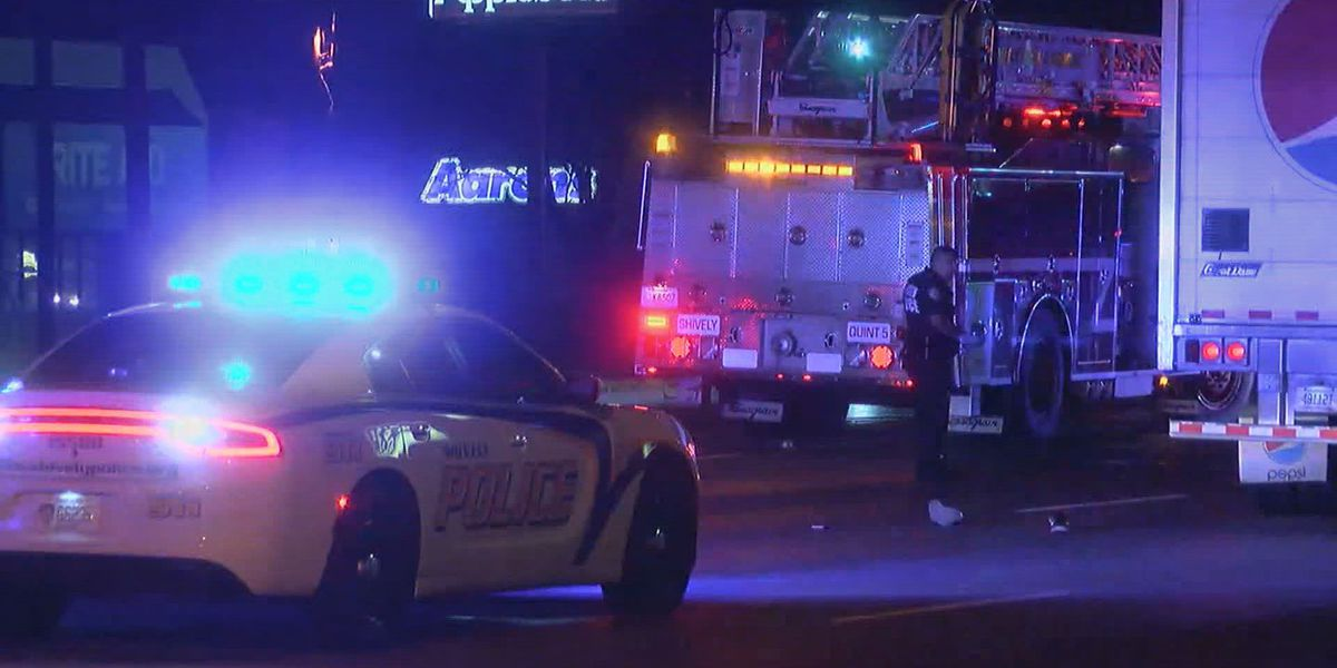 Pedestrian hit, killed by vehicle on Dixie Hwy