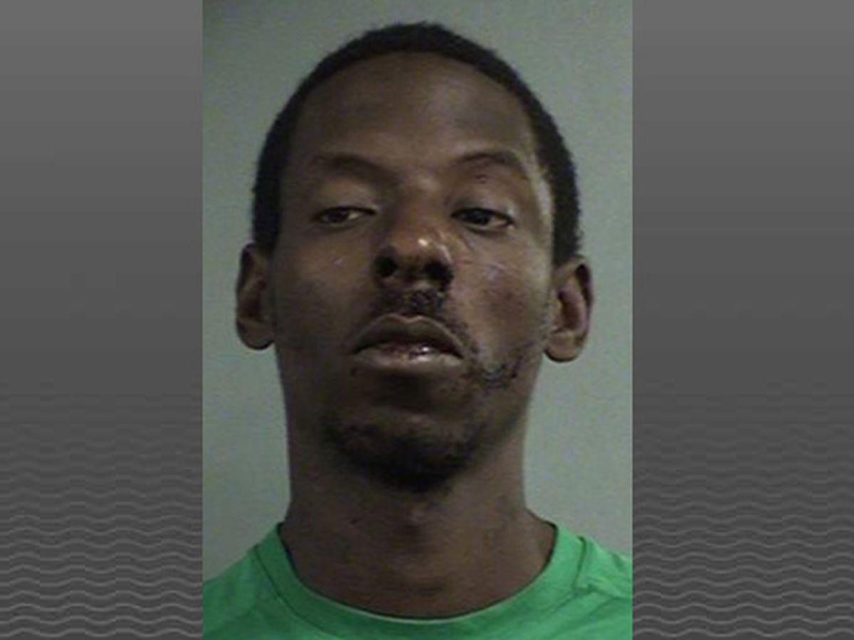 Police: Man stole taxi, led police on pursuit