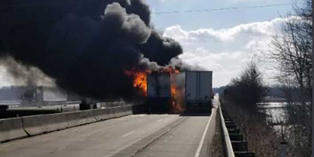 Fiery 5-vehicle crash kills 3 on I-65 in southern Indiana