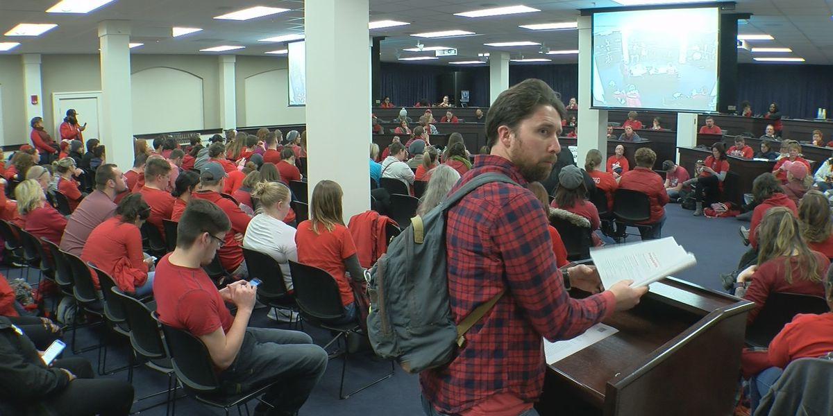 Who is JCPS Leads? New group of teachers forms, successfully organizes 'sickout'